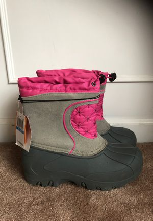 New Sporto Girls Snow Winter Boots XL 6/7 for Sale in Snohomish, WA