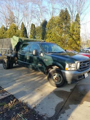 2003 Ford F350 Crew Cab Diesel Dump Truck for Sale in Zion, IL