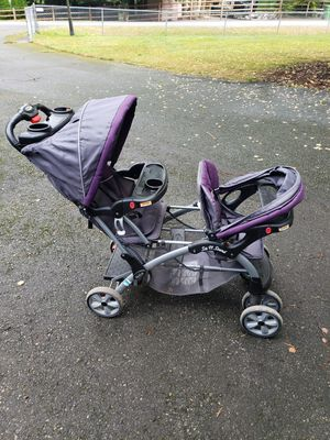 Double stroller for Sale in Snohomish, WA