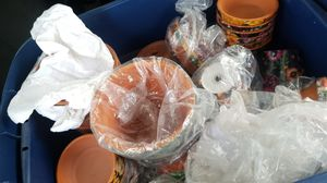 Pot, pots ,soil pots,pottery, gardening, planting for Sale in Sacramento, CA