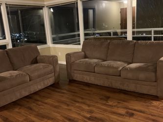 Couches for Sale in Seattle,  WA