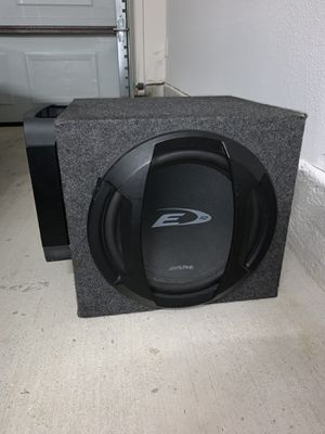"""Alpine 12""""sub and Polk Audio Amp for Sale in Farmers Branch, TX"""