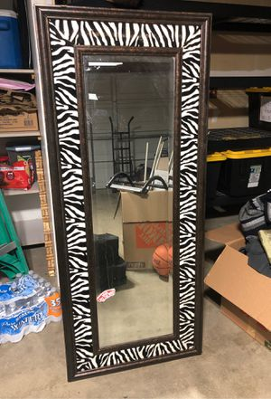 Long wall Mirror for Sale in Phelan, CA