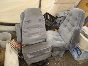 FREE van seats captains chairs Available!! for Sale in Woodinville, WA