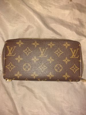 Authentic Louis Vuitton Wallet for Sale in Seattle, WA