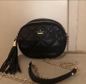 KATE SPADE quilted leather crossbody purse (authentic) for Sale in Los Angeles, CA