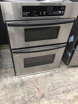 Whirlpool stainless steel microwave oven combo for Sale in Anaheim, CA