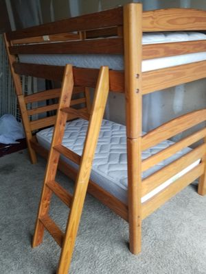 Solid wood bunk Bed for Sale in Orlando, FL