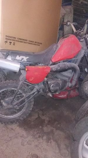 Yamaha dirt bike for Sale in Los Angeles, CA