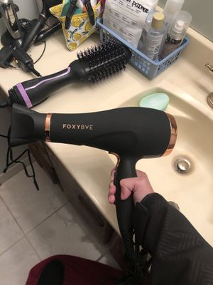 FoxyBae Rose Gold Blomance Dryer for Sale in Seattle, WA
