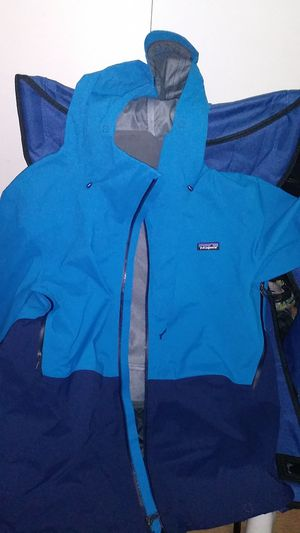 Patagonia Jacket (Mens Large) Never used. for Sale in Seattle, WA