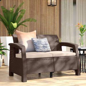 Keter Corfu outdoors Sofa Mueble 2 Seated Patio Furniture Garden Jardín Marrón Con Cojín for Sale in Miami, FL
