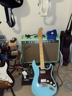 Bass Player Needed In Bonney Lake/Sumner Area for Sale in Bonney Lake, WA