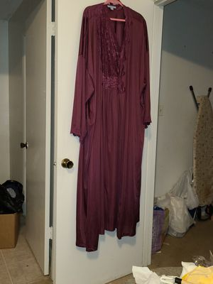 Nightgown set for Sale in Knoxville, TN