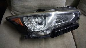 Infiniti parts q50 passenger right headlight for Sale in HALNDLE BCH, FL