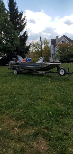 Fishing boat trolling motor and brand new battery for Sale in Mount Oliver, PA