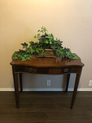 Selling Antique Table for Sale in Richmond, TX