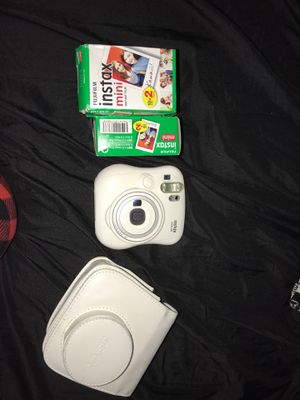 Polaroid camera with case and 70 film included for Sale in Staten Island, NY