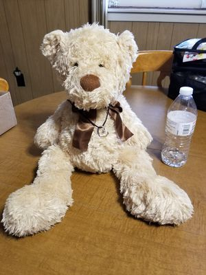 20 inch Teddy Bear with 10 inch Necklace for Sale in Altoona, PA