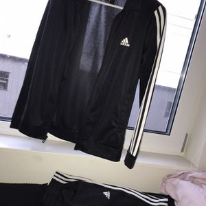 Adidas Sweat Outfit for Sale in Lynnwood, WA