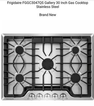 "New - Frigidaire - Gallery 30"" Built-In Gas Cooktop - Stainless Steel/Matte Black for Sale in Buena Park, CA"