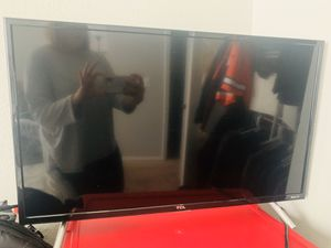 """32"""" TCL Roku Tv for Sale in Centennial, CO"""