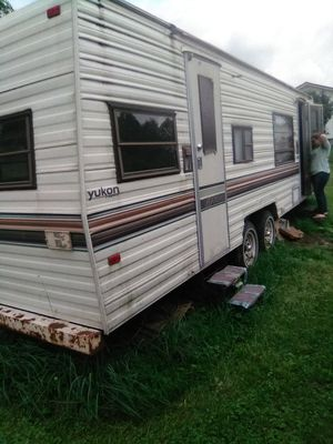 1989 Yukon camper for Sale in Buckhannon, WV
