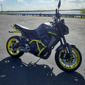2018 Yamaha mt09 / fz09 ABS for Sale in Miami, FL