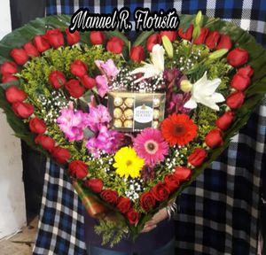 Arreglos florales estamos asus órdenes puede mandar ms for Sale in Fort Worth, TX