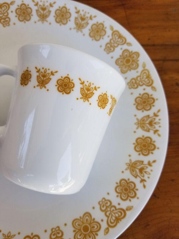 1 Corelle Plate & Cup