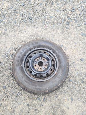 almost new 195 70 14 Goodyear Tire Invicta GL for Sale in Portland, OR