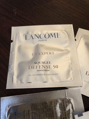 Lancome UV Expert Aquagel Defense 50 for Sale in Brooklyn, NY