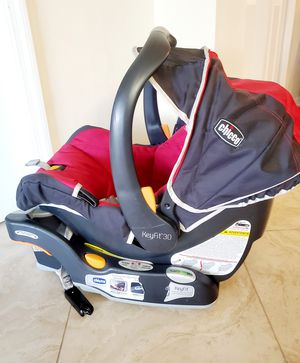 Infant car seat and base - Chicco Keyfit30 for Sale in Jacksonville, FL