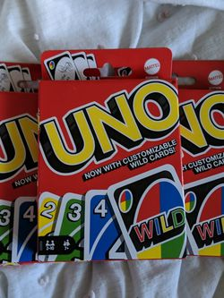 UNO Color & Number Matching Card Game for 2-10 Players Ages 7Y+ ( 3 Pack) for Sale in Kent,  WA