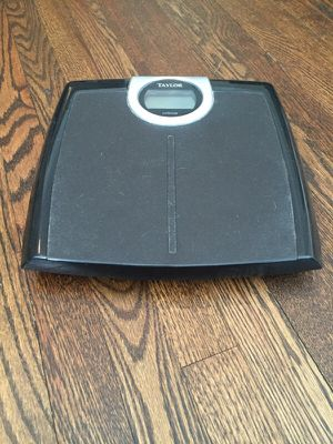 Taylor Bathroom Scale for Sale in Chicago, IL