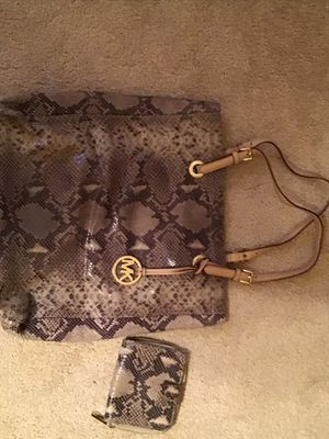 Michael Kors Purse & Wallet for Sale in Hampton Township, PA