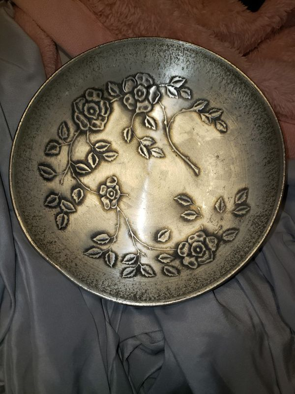 ElK TINN Norwegian Pewter Bowl 202H With flowers designs