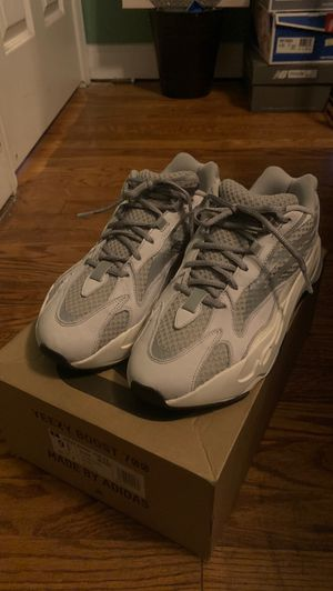 Adidas Yeezy Boost 700 V2 Static Sz 9.5 $350 OBO for Sale in Alexandria, VA