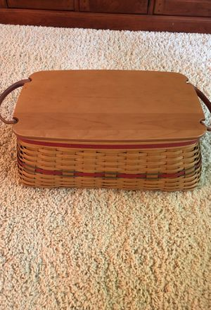 2002 Longaberger Holiday Hostess Treasure Basket with Woodcrafts Lid, plastic protector and paprika liner for Sale in Beaverton, OR