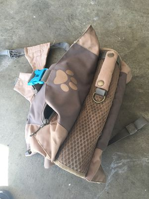 Harness back pack for medium dog like new for Sale in Moreno Valley, CA