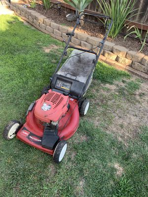 Toro self propelled lawn mower for Sale in Spring Valley, CA