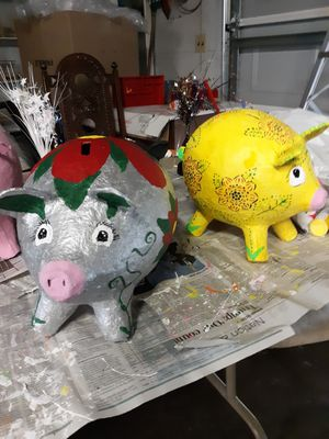 Piggy banks for Sale in East Moline, IL
