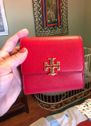 TORY BURCH wallet red and colorful genuine leather for Sale in San Diego, CA