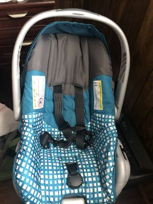 Infant car seat for Sale in Greensboro, NC