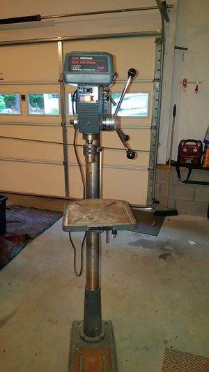 Craftsman Drill Press. 15 inch. 1 HP. 5/8 Chuck. 12 Speed. Speed Range. 250-3100 RPM for Sale in TN, US