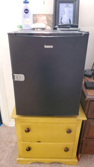 Mini fridge for Sale in Monaca, PA