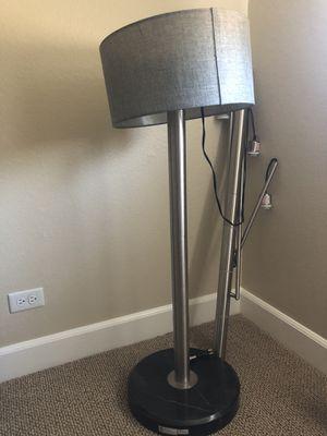 Adesso Wellington 3-Arc light floor lamp for Sale in Kapolei, HI