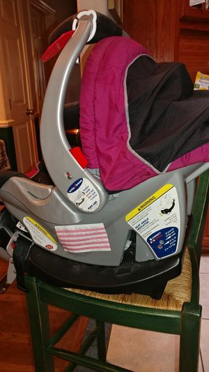 car seat with cradle for Sale in Austin, TX