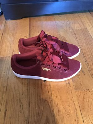 Women's Puma size 7.5 for Sale in Bronx, NY