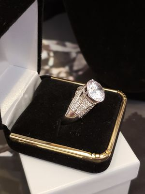 Sz 7Vintage Solid silver simulated diamond. 4 ct for Sale in Meriden, CT